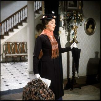 Mary-Poppins-mv14